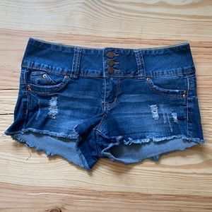 EUC distressed frayed shorts size 5 ✨🌟💫
